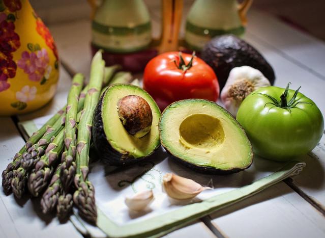 Czy dieta wegańska jest niedoborowa?